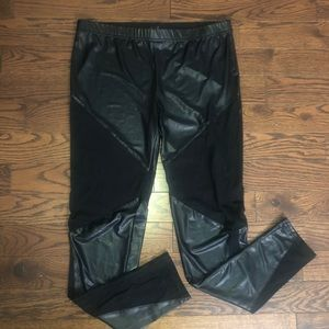 Women's pleather leggings